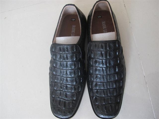 Giày nam gai lưng cá sấu