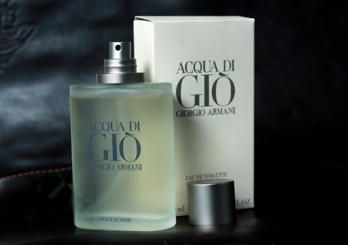 http://shopdep24h.com/images/nuoc-hoa-nam-full-size/nam-acqua-di-gio-armani-100ml/nuoc-hoa-cao-cap-for-men-acqua-di-gio-100ml-2.jpg
