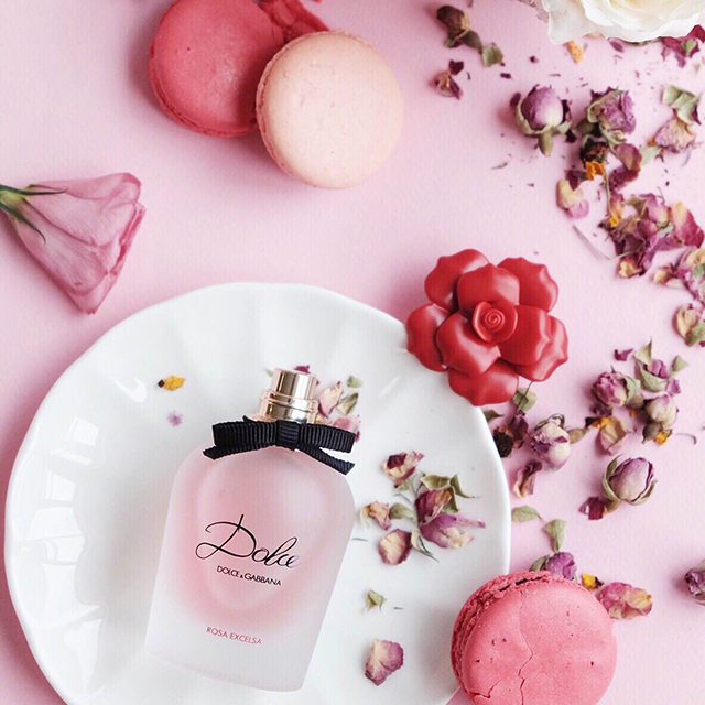 http://shopdep24h.com/images/nuoc-hoa-nu-full-size/dolce-rosa-excelsa-edp-75ml/GlamAsia-FF-Dolce-Rosa-KOL-Review-Chenelle.jpg