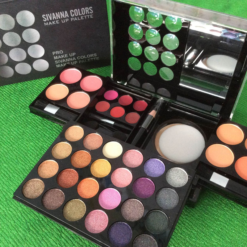 http://shopdep24h.com/images/phan-ma-hong-phan-mat/bo-phan-sivanna-colors-pro-make-up-palette/IMG_6714_zpsoulceok4.jpg